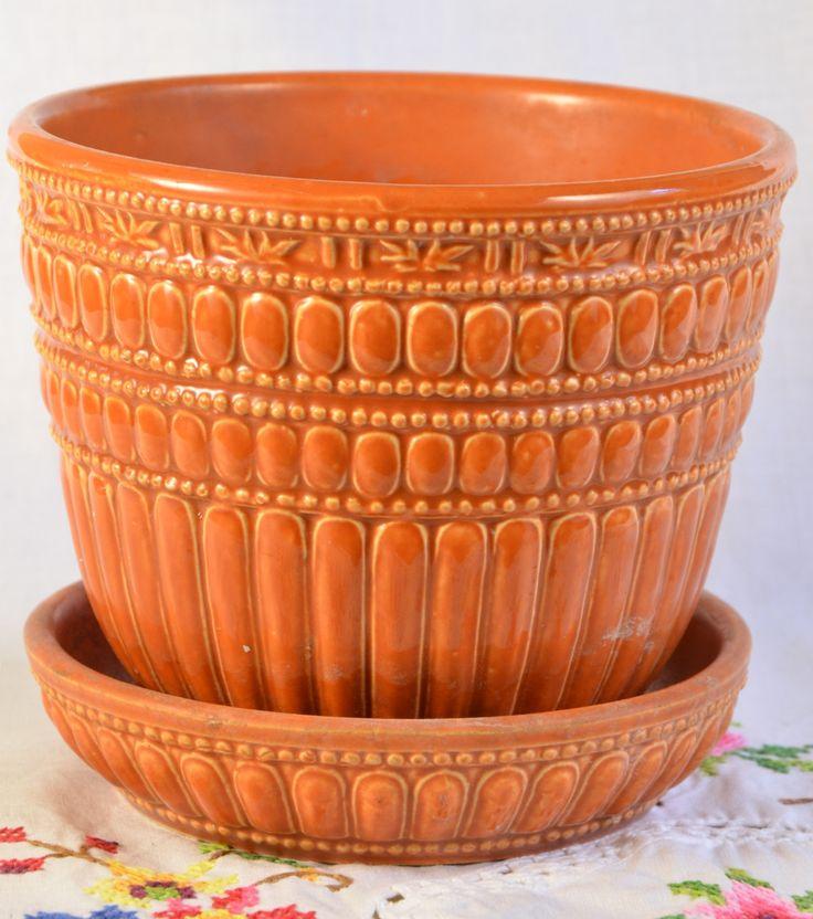 McCoy planter/ vintage flower pot/ orange planter/ orange McCoy planter/ small planter/ flower pot by VieuxCharmes on Etsy