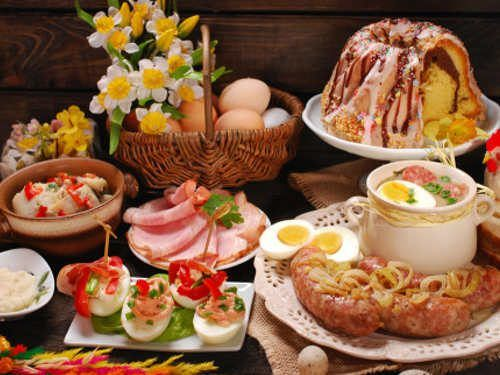 Эти несложные рецепты помогут вам внести что-то новое в праздничное меню. Вы сможете удивить гостей и близких людей в день Святой Пасхи. Ваш праздник пройдет удачно и успешно, если на столе будут присутствовать блюда, которые символизируют радость и торжество.