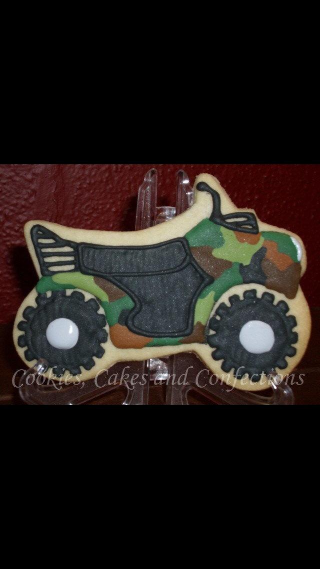 4 wheeler cake design