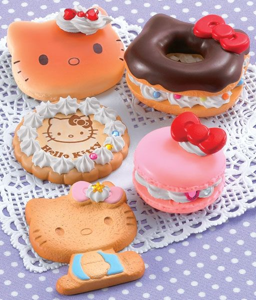 Hello Kitty sweets accessory, Japan