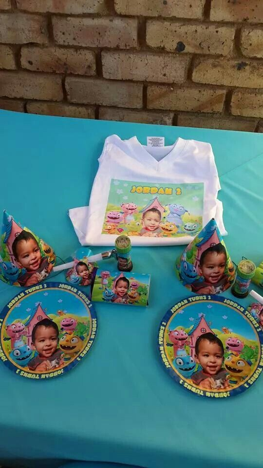 Jordan's Hugglemonster party goodies.... done by: Kiddie Party Themes..