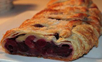 Receita de Strudel de Frutos Vermelhos - http://www.receitasja.com/receita-de-strudel-de-frutos-vermelhos/