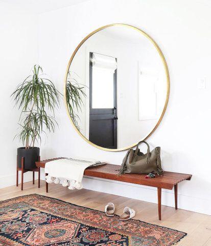 O hall de entrada pode dizer muito sobre a personalidade da casa, além de ser o primeiro local a recepcionar as visitas.