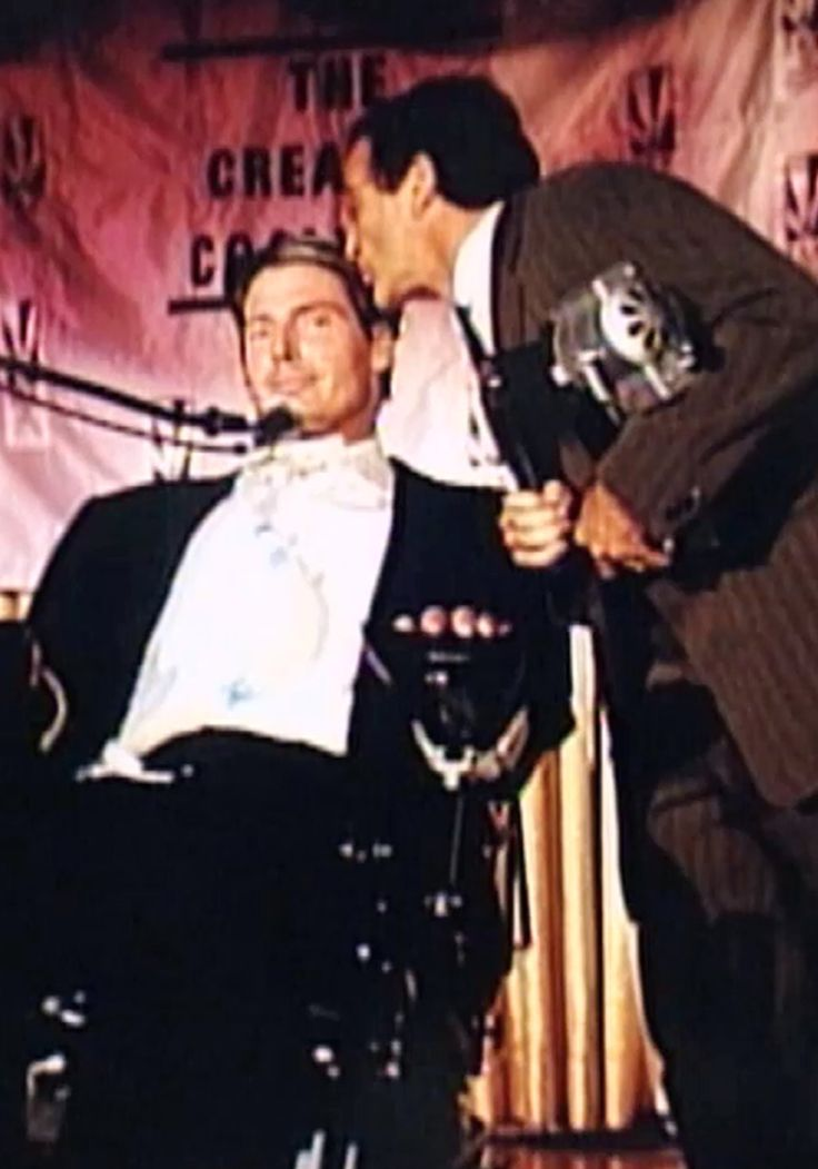 What Robin Williams Did for Christopher Reeve That You'll Never Forget