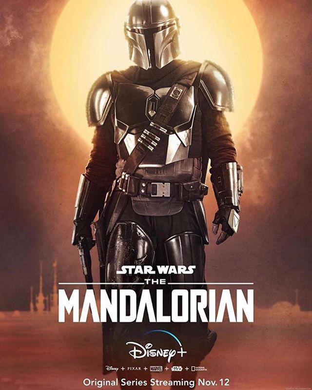 The Mandalorian Estreia Dia 12 De Novembro Junto Com O Disney Nos Estados Unidos Ansiososss Themandaloria Star Wars Poster Mandalorian Poster Star Wars