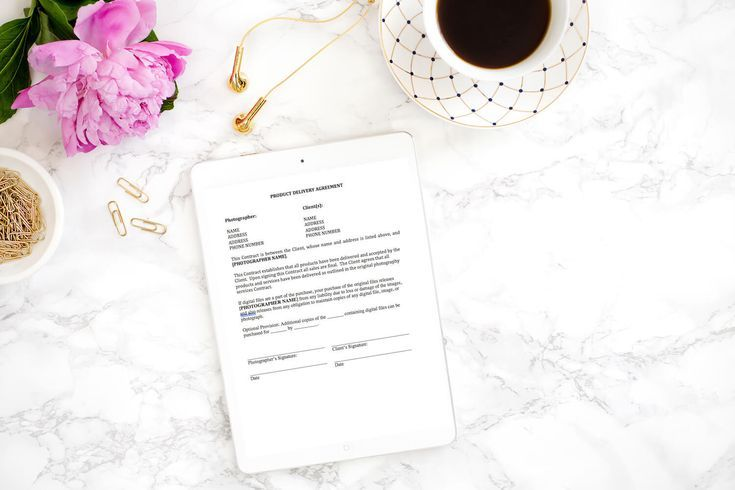 This model release form allows clients to easily and legally give permission for use of their photographic images for marketing and portfolio purposes.