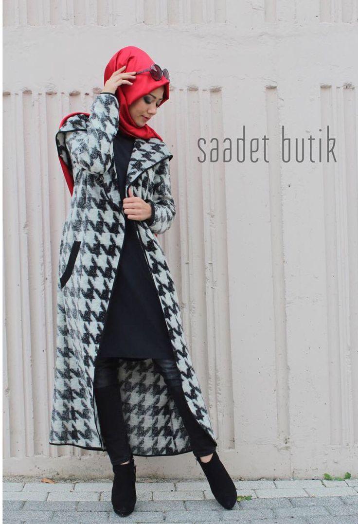 Saadet butik kombinimizle günaydınlar❤️❤️ Şal#ipekevi Keçe kazayağı kap#tdeeconceptofficial Beden aralığı :38-42 Uzun Kol krep tunik#dorre Beden:36-44 Dar paça siyah kot#moodbasic Beden 36-42 Fiyat ve iletişim için whatsap 0539 473 43 27.. #yeni #sezon #saadet_butik #kombin #new #season #moda #tasarım #türkiye #istanbul #hijabfashion #hijabstyle #abiye #kadın #giyim #asil #scarf #ipekevi #instegrammoda #style #nyfw  #romance #elegant #highfashion #black