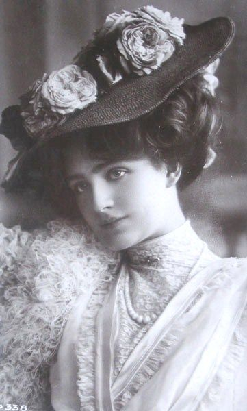 "Lily Elsie, born on 4/8/1886 in Armley, West Yorkshire, England. Died on 12/16/1962. An English Actress and Singer from 1895 to 1929, during the Edwardian era. She is best known for starring in the hit London premiere of Franz Lehar's Operetta, ""The Merry Widow"", 1907!"