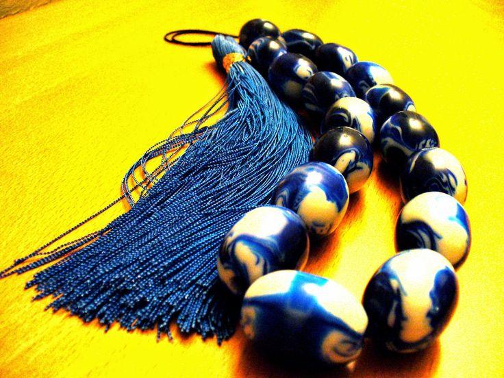 Greece by a Greek: Komboloi, the powerful worry beads !