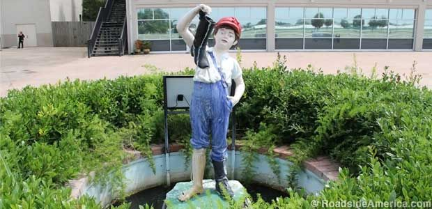 New Orleans, LA - Boy with the Boot Statue (Race Track)