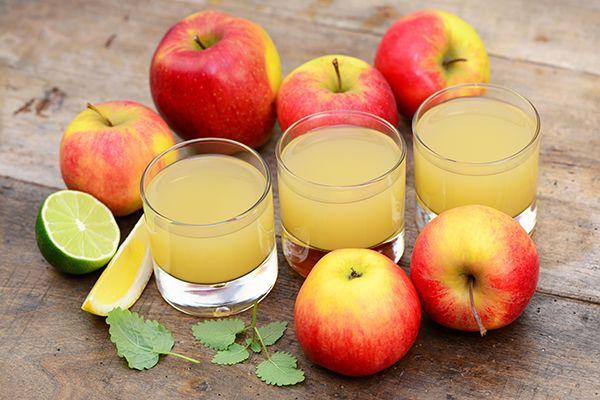 Twee kilo appels resulteert in ongeveer 400 ml diksap van appel