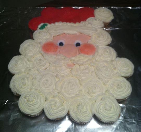 Santa Cupcake Pullapart Cake