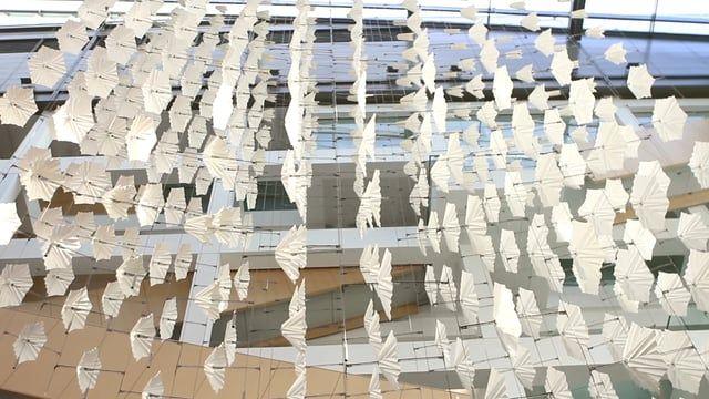 Diffusion choir scultura cinetica, una scultura ispirata alla collaborazione in natura.