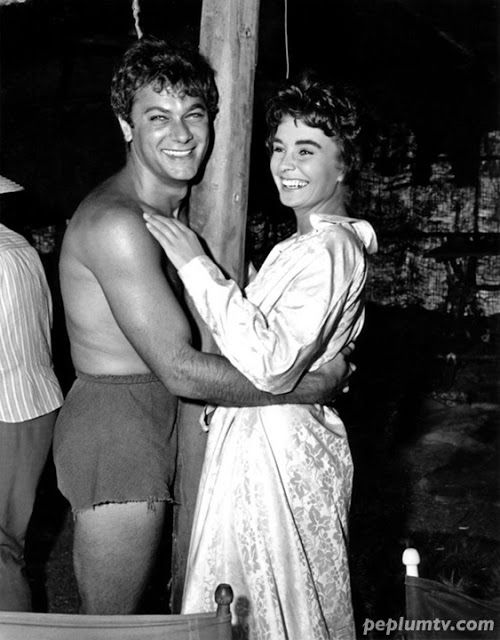 Behind-the-Scenes - Tony Curtis and Jean Simmons - SPARTACUS