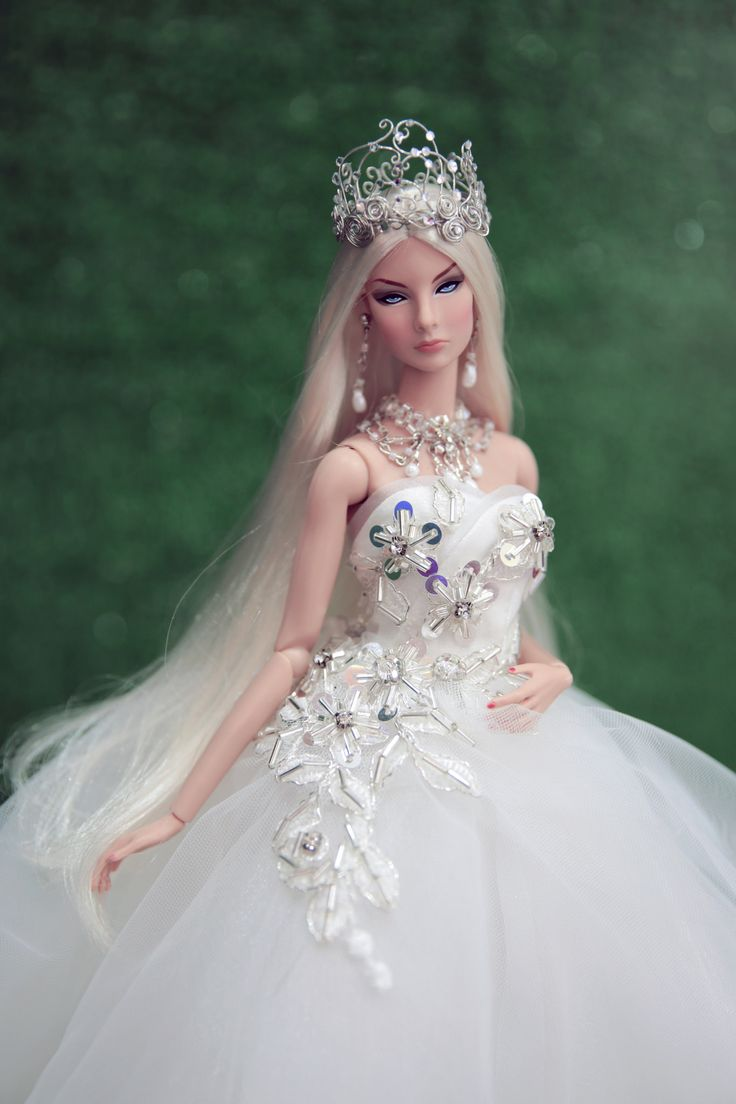 544 best bride barbies images on pinterest barbie bridal for How to make a barbie wedding dress