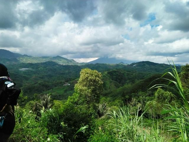 5 Pesona Desa Karamatwangi Di Garut Wisata Seru Ala Swiss Van Java Di 2020 Lanskap Pemandangan Pedesaan