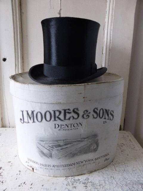 Prachtige oude witte hoedendoos , engelse hoeden doos