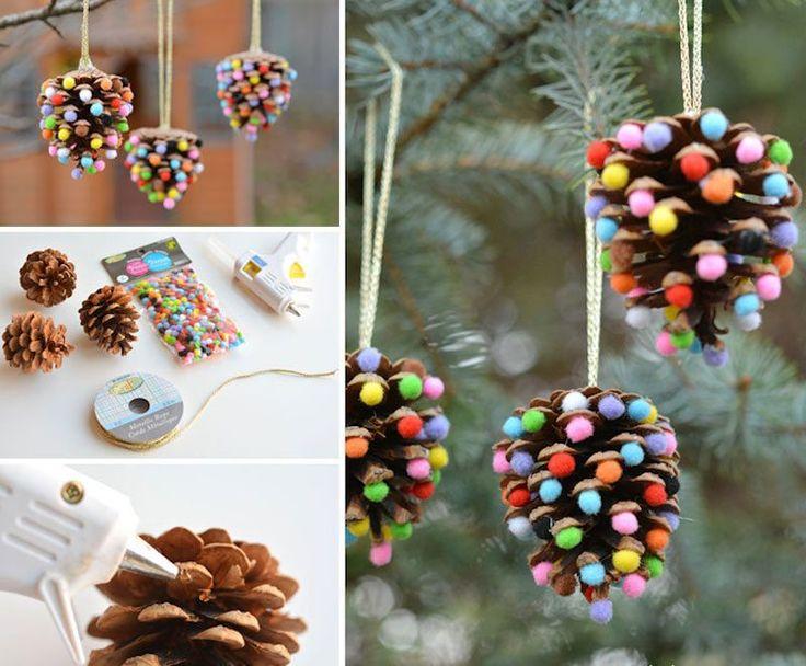 bricolage de décoration de Noël facile en cônes et pompons- tuto en photos