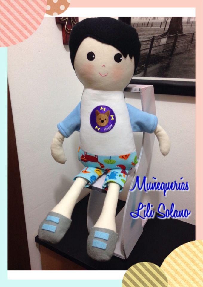 Niño muñeco de apego en tela de algodón y fieltro
