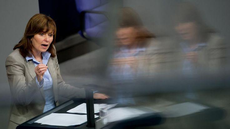 Lebenslauf teilweise erfunden: SPD-Bundestagsabgeordnete Hinz gesteht