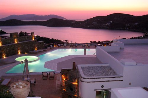 To stay in a gorgeous place like this and see a beautiful pink sunset -