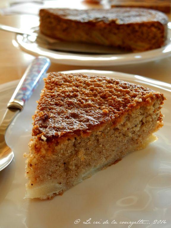 Gâteau à la châtaigne, poire et huile de coco