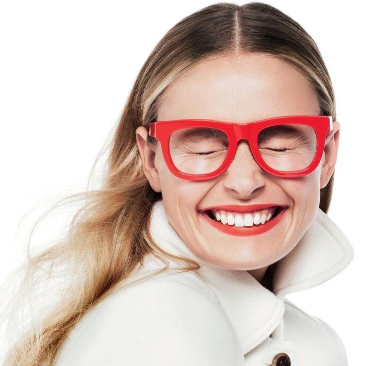 Gafas de colores llamativos
