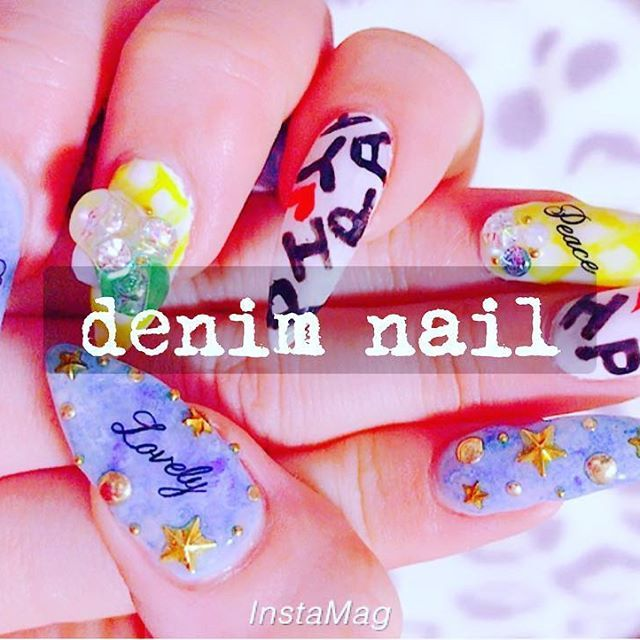 nail change◡̈⃝︎⋆︎* #デニムネイル#星#スタッズ#ギンガムチェック#ビジュー #ロゴネイル#HAPPY#smile#lovely#peace #ジェルネイル#セルフネイル#自爪派#ポイント#nail#💅