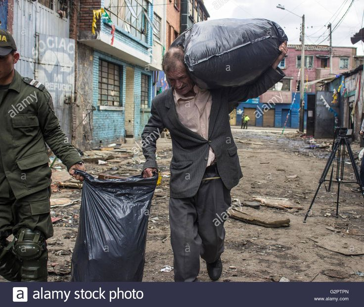 http://c8.alamy.com/comp/G2PTPN/bogota-colombia-31st-may-2016-the-bronx-was-a-street-in-the-city-of-G2PTPN.jpg