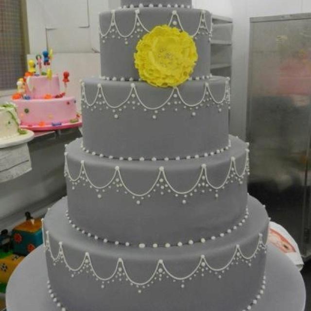 Yellow And Grey Wedding Flowers: Wedding Ideas: Gray And Yellow Wedding Ideas