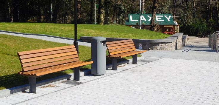 Laxey, Isle of Man HC2055 Litter Bin