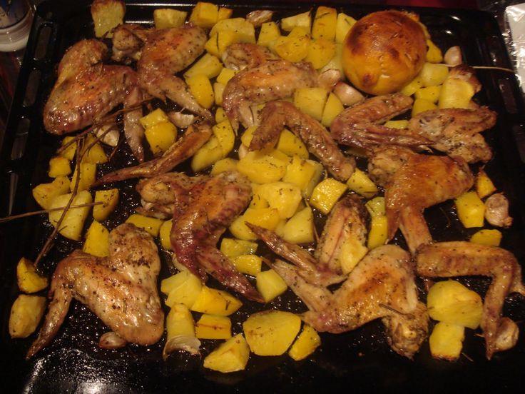 Csirkés burgonyás csoda a sütőből – ezt mindenki szeretni fogja!