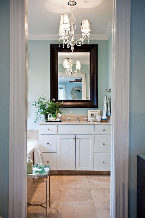 Blue Beige Bathroom Walls: Like The Light Blue Walls, And