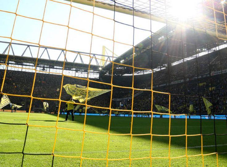 Das für kommenden Freitag, 13. November, geplante Testspiel in Wuppertal gegen den MSV Duisburg fällt leider aus. Informationen zur Rückerstattung bereits gekaufter Eintrittskarten auf www.wuppertal-live.de