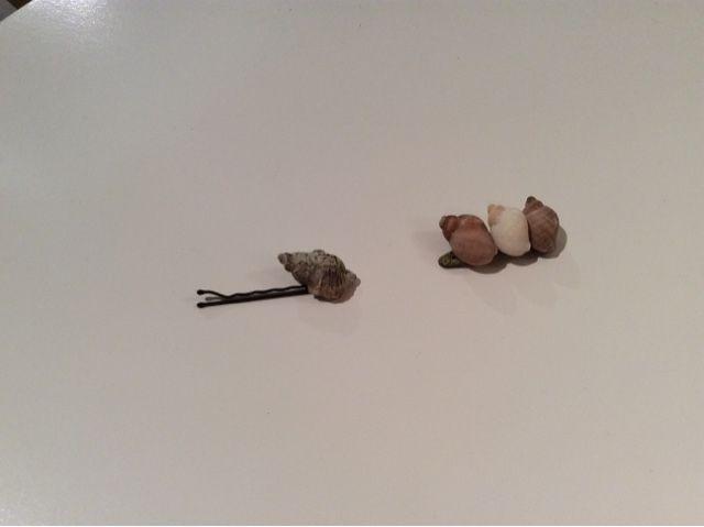 MARVAETA: Horquillas con conchas de la playa!!!
