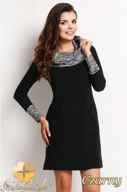 CM2012 Sukienka z golfem i długimi rękawami - czarna