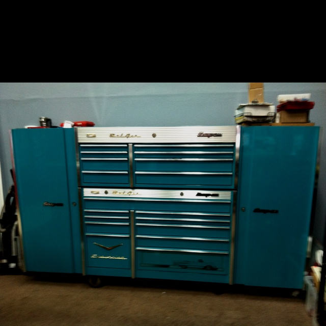 Vintage Snap-on tool box. So lovely!