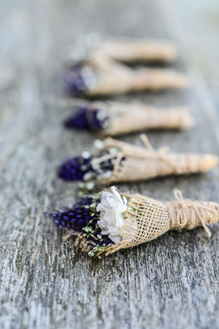 Burlap-wrapped Boutonnieres