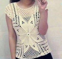 Hermoso modelo de blusa a crochet con flor! Vea como tejer esta linda blusa calada a crochet con flor, en hilo de color blanco. Blusa muy sencilla tejida en crochet [...]