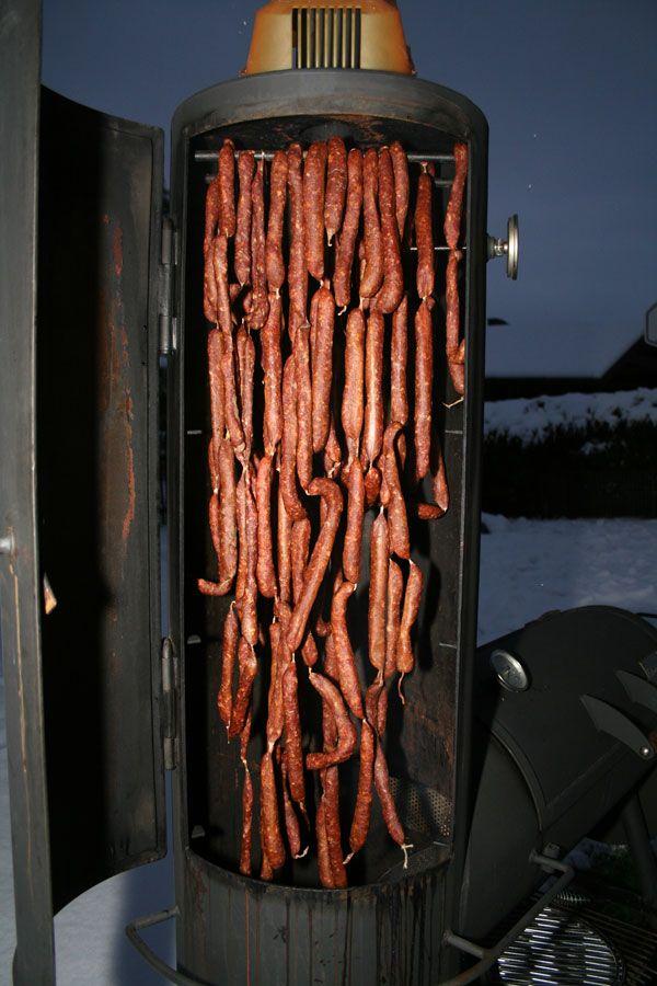 Pfefferbeisser à la Gaumen Knall zum räuchern aufgehängt