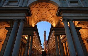 Duomo Square w/ Santa Mario del Fiore/Uffizi/ Piazza della Signoria/ Ponte Vecchio/ sunset at Piazzale Michelangelo