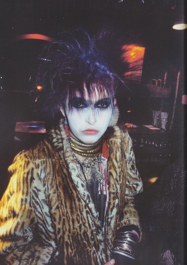 Derek Ridgers' London Youth, Llori, Batcave, 1982