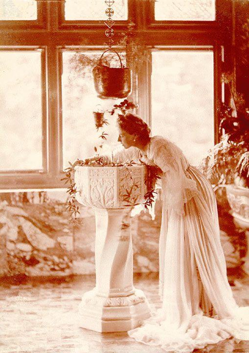 Queen Marie of Romania at Pelişor 1904