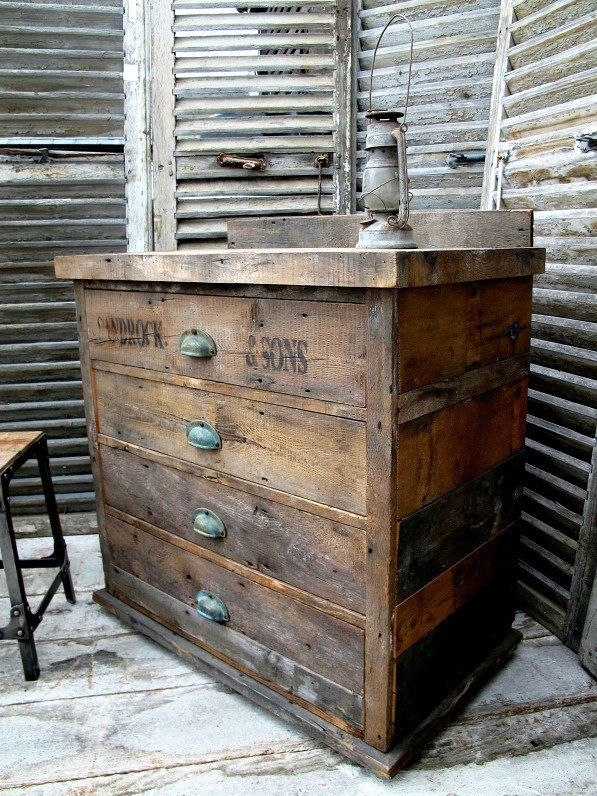 25 Best Ideas About Rustic Wood Furniture On Pinterest Rustic Wood Decor Rustic Wood Bed And