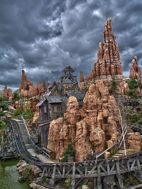 Thunder Mountain Railroad, reminds me of our grand canyon visit...