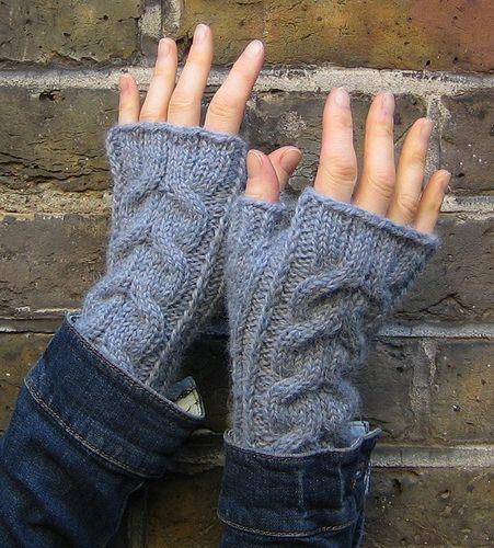 136 Best Knitting Crocheting Gloves Images On Pinterest Loom