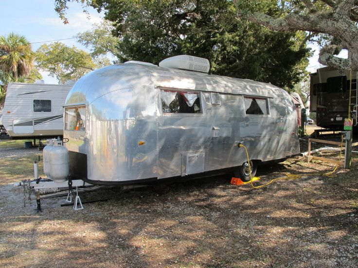 Vintage Airstream Camper for Sale | One of a few that showed up for the TCT Winter Rally