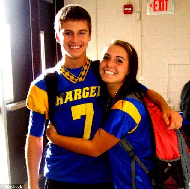 Teenage high school sweethearts die in Thanksgiving weekend car crash