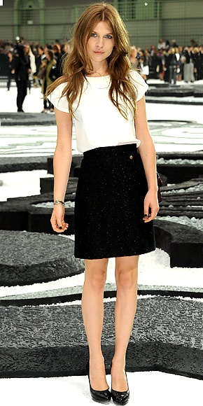white + black - clemence poesy