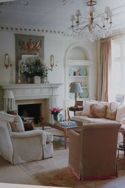 FRENCH COUNTRY COTTAGE: Southern Rooms~ Book Review